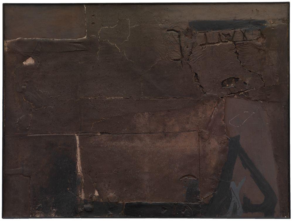 Grosses Kastanienbraun mit Zeichen